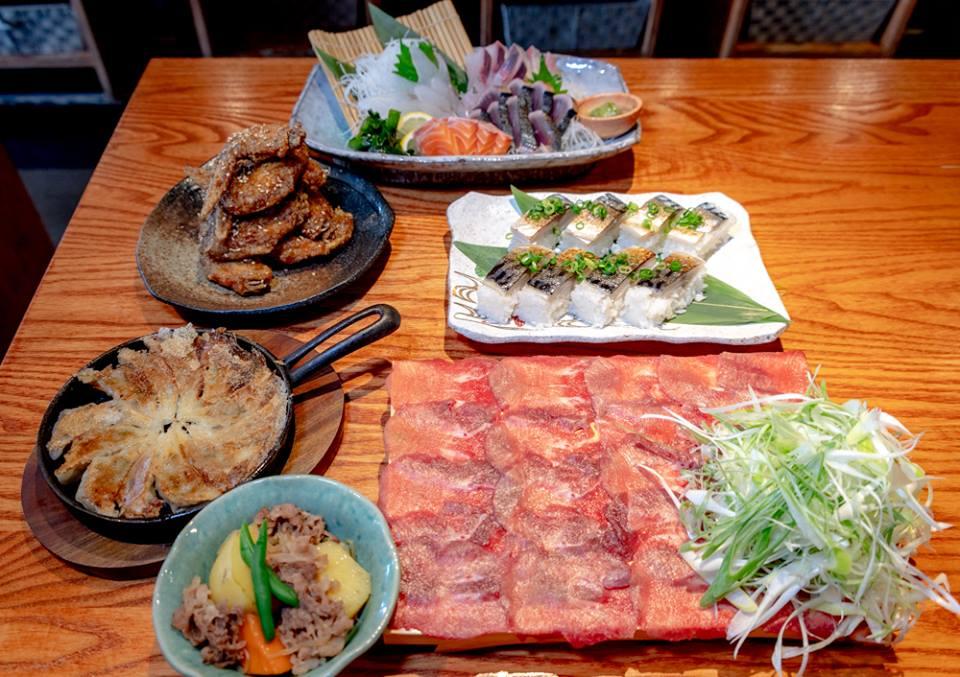 牛タンしゃぶしゃぶと幻の金華サバの押し寿司コース