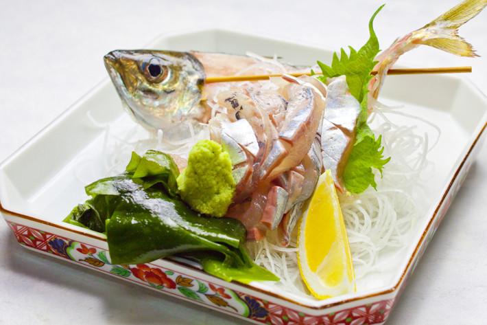 天然地物活魚の刺身